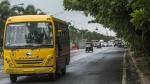 తెలుగు రాష్ట్రాల్లో ఫిట్ నెస్ లేని స్కూలు బస్సులపై కొరడా .. 60 ఏళ్ళు దాటిన  డ్రైవర్లున్నా సరే కఠిన