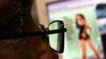 ఓపెన్ సీక్రెట్ : రహస్యంగా పోర్న్ చూసినా రివీల్ చేసేస్తున్నాయి...
