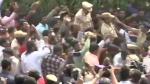 Disha murder: నిందితుల ఎన్కౌంటర్... స్వీట్లు పంచుతూ సంబరాల్లో విద్యార్థినులు