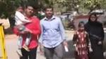 'విక్రమార్కుడు' సీన్: అందరూ చూస్తుండగా వివాహితను ఎత్తుకెళ్లిన రౌడీషీటర్, ఎస్పీకి భర్త ఫిర్యాదు