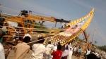 కోటప్పకొండ శివరాత్రి ఉత్సవాల్లో అపశృతి: పడిపోయిన ప్రభలు, ప్రమాదాల్లో ముగ్గురు మృతి
