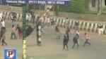 ముస్లిం కుటుంబాన్ని తగలబెట్టేందుకొచ్చిన 150 మంది, ధైర్యంగా ఎదుర్కొని కాపాడిన బీజేపీ కౌన్సిలర్