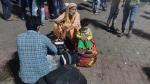 'హై రిస్క్'తో వైరస్ వ్యాప్తి.. రాత్రంతా రోడ్లపైనే జనం.. ఇరాన్ నుంచి 275 మంది.. పైలట్కు పాజిటివ్