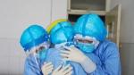 కరోనా: ఐసోలేషన్ సెంటర్కు 17 నెలల చిన్నారి సహా 10 మంది..