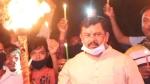 కరోనా: మోడీ ఆదేశాలు బేఖాతరు..? 20 మందితో కలిసి దీపం వెలగించిన రాజాసింగ్, గో చైనా వైరస్ అంటూ