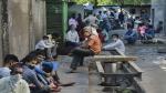 కేంద్ర, రాష్ట్ర ప్రభుత్వాలపై సుప్రీంకోర్టు ఆగ్రహం: వలసకూలీల కోసం ఏం చర్యలు తీసుకున్నారు..?