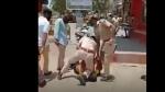 జార్జ్ ఫ్లాయిడ్ తరహాలోనే: మెడను మోకాలితో అదిమి పెట్టి: పోలీసుల చర్యపై