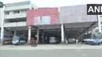 Karnataka Bandh: బెంగళూరులో హై అలర్ట్, బస్సులపై రాళ్లదాడి, హ్యాండ్ ఇచ్చిన వ్యాపారులు, సీన్ రివర్స్ !