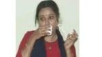 Khiladi: రిజిస్టర్ మ్యారేజ్ మొగుడు, లాడ్జ్ లో ఎంజాయ్ చేసి బ్లాక్ మెయిల్, బ్యూటీపార్లల్ ఆంటీ ఎంట్రీతో !