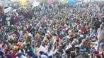 రైతుల ఆందోళన .. ఢిల్లీ ఘాజీపూర్ బోర్డర్ లో పాక్షికంగా వాహన రాకపోకలు పునరుద్ధరణ
