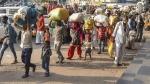 మహారాష్ట్రలో కర్ఫ్యూ- స్వస్ధలాలకు వలస కార్మికుల క్యూ- మళ్లీ మొదలైన వెతలు