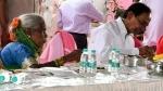 ఆగవ్వకు అస్వస్థత.. సీఎం కేసీఆర్తో కలిసి సహపంక్తి భోజనం