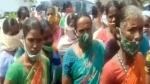 వైఎస్ షర్మిల దీక్షా: తమకు డబ్బులు ఇవ్వలేదంటూ కార్మికుల ఆందోళన