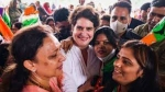 స్మార్ట్ ఫోన్, స్కూటీ: యువతకు ప్రియాంక వరాలు