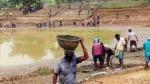 కులం ఆధారంగా ఉపాధి హామీ చెల్లింపులు-రాష్ట్రాల అభ్యంతరాలు-వెనక్కి తగ్గిన కేంద్రం