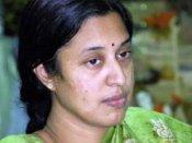 ఆరోగ్యం దారుణం: మంచానికే శ్రీలక్ష్మి పరిమితం