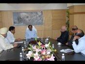 అబ్బురపర్చేలా ప్రపంచ ఐటి కాంగ్రెస్: కెసిఆర్(పిక్చర్స్)