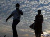 'ఉమెన్స్ డే': రెచ్చిపోయిన శివసేన కార్యకర్తలు.. జంటల్ని తరిమి తరిమికొట్టారు..