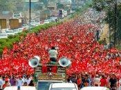 మహారాష్ట్ర : కదం తొక్కిన రైతులు.. 20వేల మందితో భారీ ర్యాలీ