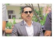 వీఐపీ కల్చర్ వద్దంటూనే ఇదేంటి : ప్రహ్లాద్ ఇష్యూపై వాద్రా పైర్