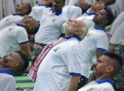 షార్టెస్ట్ వుమెన్ నుంచి నేపాల్ దాకా... అంతర్జాతీయ యోగా దినోత్సవం (ఫోటోలు)