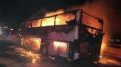 మంటల్లో చిక్కుకున్న బస్సు: 35 మంది భక్తుల సజీవ దహనం