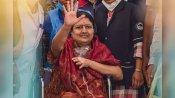 జయలలిత నెచ్చెలి డిశ్చార్జ్..అయినా: హైదరాబాద్ లేదా బెంగళూరులో రెస్ట్: చెన్నై వెళ్లడంపై