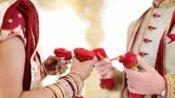 Marriage: గంట ముందు పెళ్లి కొడుక్కి గంటకొట్టి చెక్కేసిన పెళ్లికూతురు, బ్యూటీపార్లల్, చింపేసి !