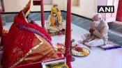 బెంగాల్ ఎన్నికల వేళ మోడీ బంగ్లా గుళ్ల సందర్శన- ఇక్కడ ఓట్ల కోసం అక్కడ హంగామా ?