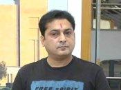 గుజరాత్: టీ షర్ట్ ధరించి వచ్చిన కాంగ్రెస్ ఎమ్మెల్యేను సభ నుంచి పంపించేసిన స్పీకర్