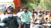 viral video: తలపతి స్ట్రాంగ్ మెసేజ్ -సైకిల్పై వచ్చి ఓటేసిన విజయ్ -ఫ్యాన్స్పై పోలీసుల లాఠీచార్జ్