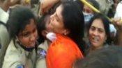 వైఎస్ షర్మిల దీక్ష భగ్నం.. పాదయాత్ర చేస్తుండగా అరెస్ట్, స్పృహ తప్పడంతో..