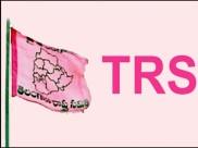 మరో కీలక వికెట్ డౌన్: టీఆర్ఎస్లోకి కాంగ్రెస్ కీలక నేత, హామీ ఇచ్చిన నేతలు
