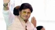 ఎయిర్పోర్టులో ఛాతి నొప్పి.. కన్నుమూసిన ప్రముఖ నటుడు,మాజీ ఎంపీ..