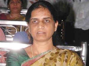 Telangana Ministers May Follow Sabitha 190811 Aid