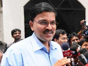 Andhrapradesh Cbi Jd Laxminarayana Dealing With 15 High Profile Cases