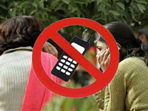 Bihar Panchayat to fine Rs 10,000 for use of mobile by girls