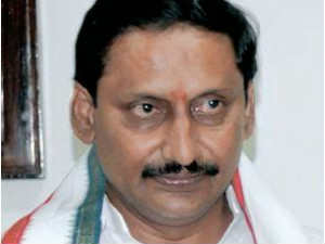 Seemandhra Congress leaders target Kiran