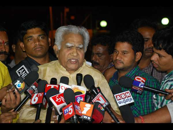 Palvai make controversial comments on T leaders