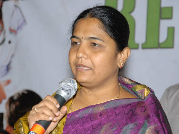 Sunitha Laxma Reddy likely to contest from Medak MP seat