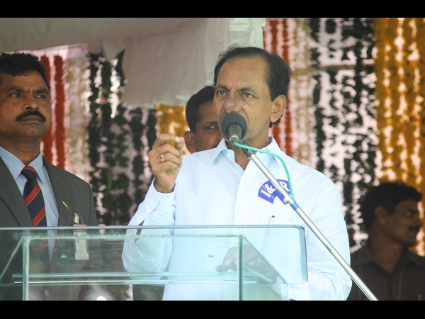 KCR asks people to approach him on corruption issues