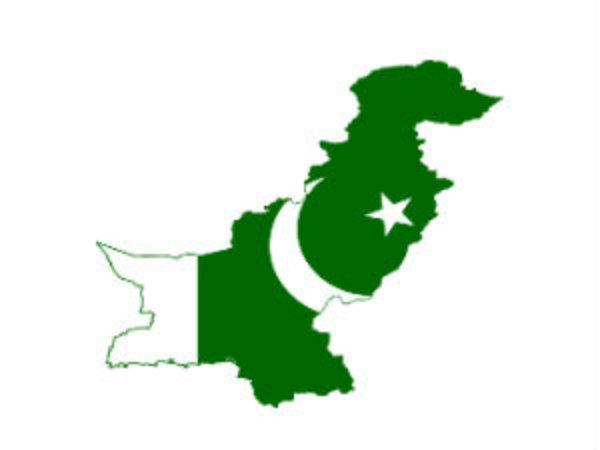 At Least 57 People Killed Fiery Pakistan Bus Oil Tanker Cras