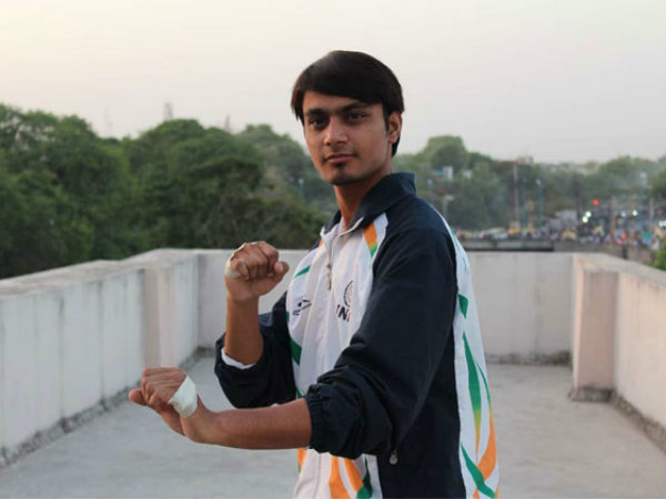 World record: Indore boy punches 200 times in 15 seconds!
