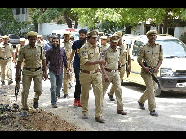 Police will kill my son in an encounter, says Yasin Bhatkal's mother