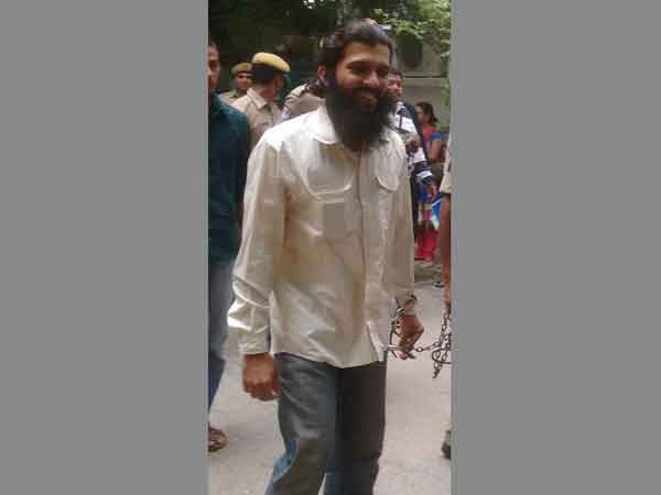 Yasin Bhatkal produced in court, showed book to media – indtoday.com