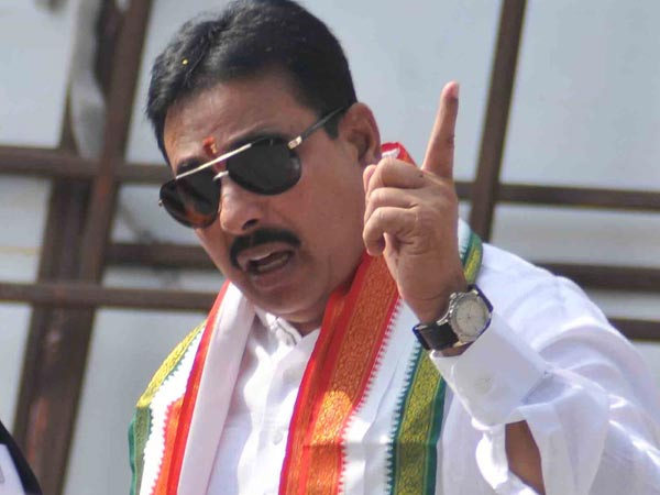 Ex Minister Danam Nagender warning to trs leaders