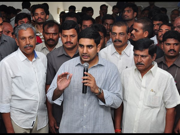 Nara Lokesh Supports The Denial Permission Jagan S Fast
