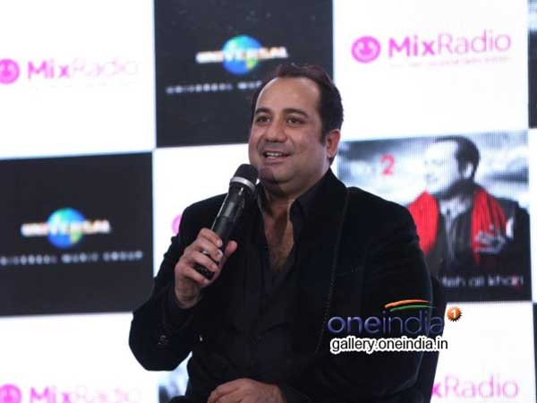 Pak singer Rahat Fateh Ali Khan deported from Hyderabad