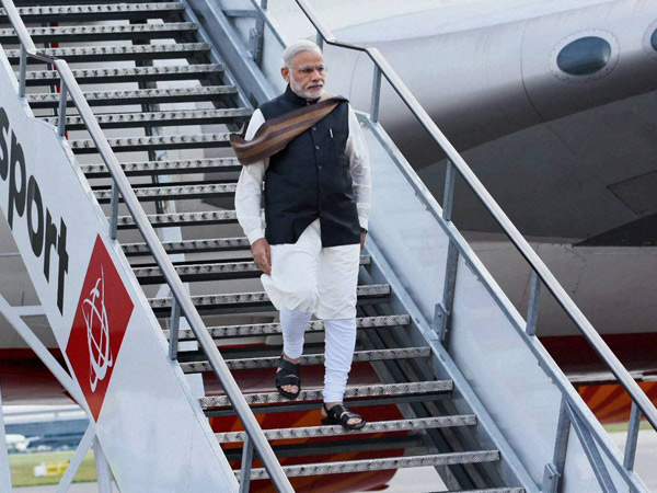 PM Narendra Modi to cut down foreign trips in 2016