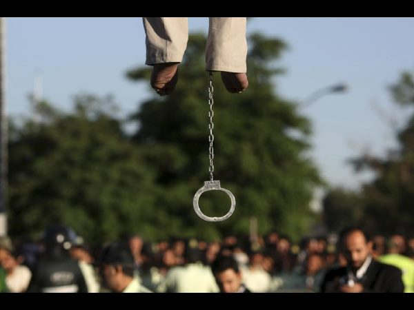 Dozens of juvenile offenders face death penalty in Iran